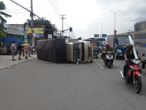 tai nạn giao thông mới nhất 24h qua ngày 15/9/2017