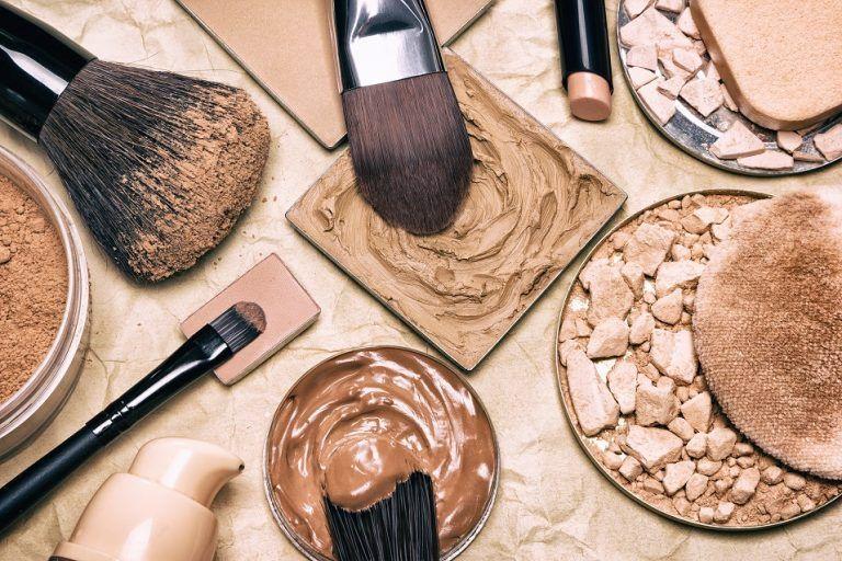 Các loại sản phẩm trang điểm vô cùng độc hại