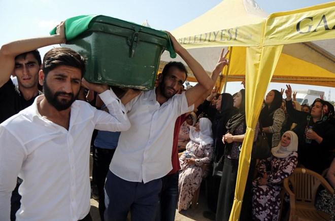 Vụ đánh bom chết chóc ở Thổ Nhĩ Kỳ do một đứa trẻ gây ra. Ảnh: AP