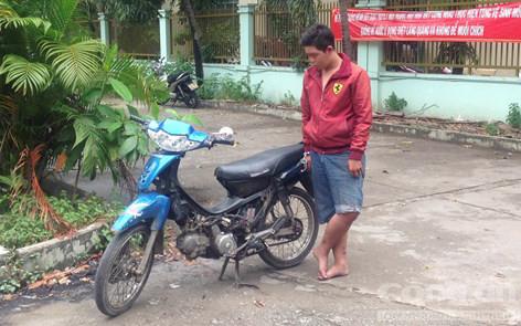 Thái Đình Anh Tuấn (16 tuổi, ngụ P.Bình Hưng Hòa A, Q.Bình Tân)