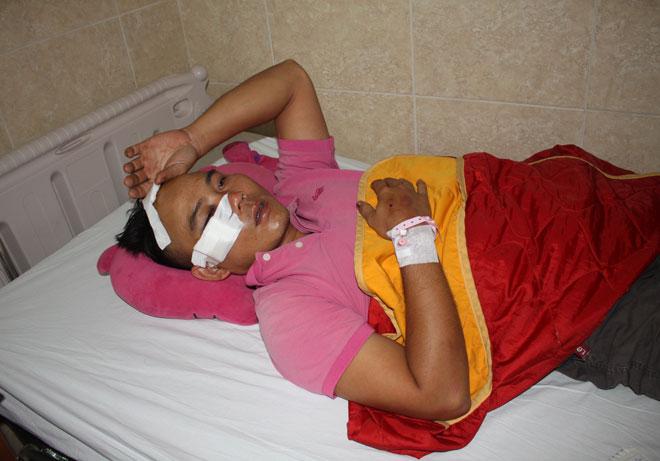 Tài xế Hùng tại bệnh viện