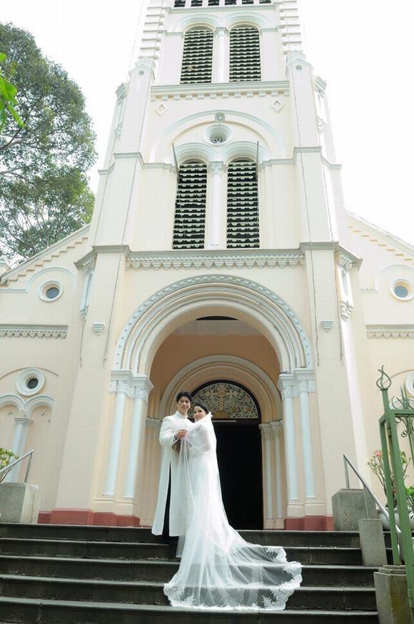 Dustin Nguyễn và Bebe Phạm lộ ảnh cưới bí mật - tin tức giải trí trong ngày