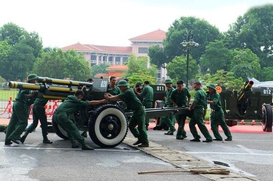 chiến sĩ Lữ đoàn Pháo binh Tất Thắng (Binh chủng Pháo binh) sẽ đảm nhận việc bắn pháo trong ngày Quốc Khánh 2/9