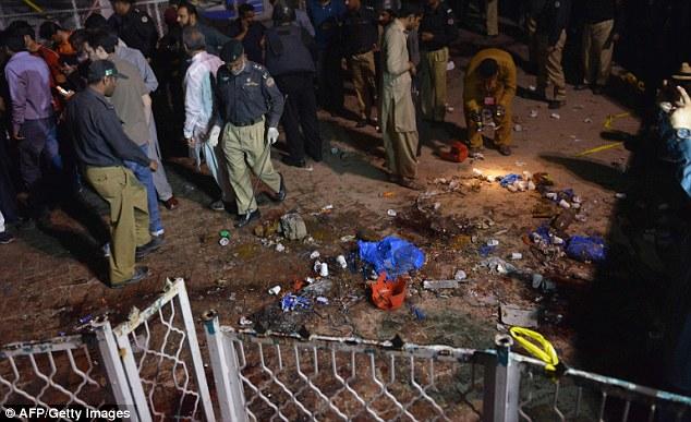 Hiện trường vụ đánh bom ở Pakistan