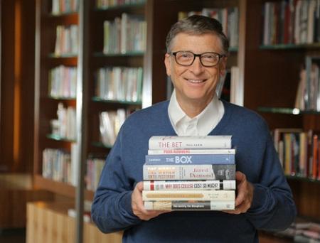 Tỷ phú Bill Gates công bố danh sách những cuốn sách hay trong mùa hè này