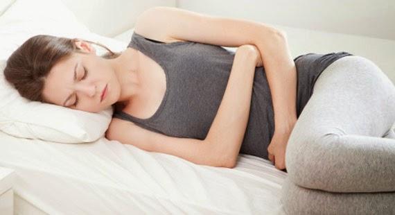Đau bụng kinh do nhiều nguyên nhân gây ra
