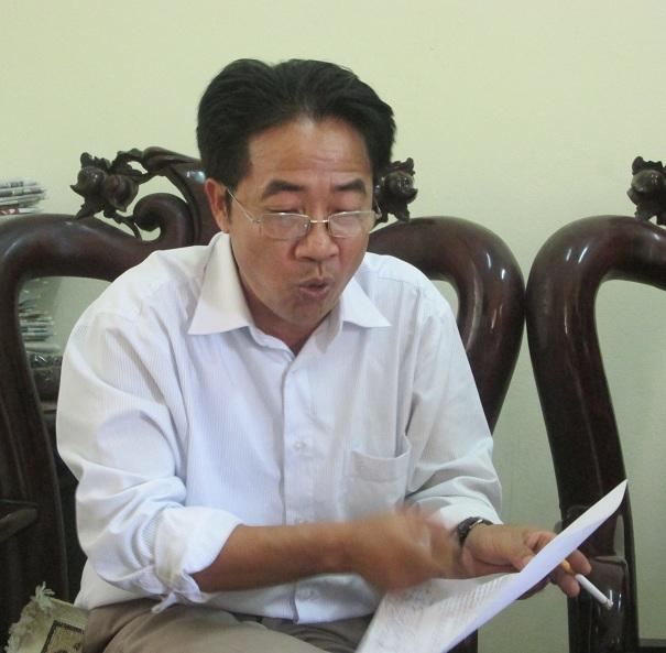 Chủ tịch xã An Lâm Nguyễn Văn Toản nói rằng Thủ nhang có nhiều sai phạm nhưng nhiều yếu tố không rõ ràng