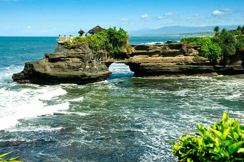 Bali, Indonesia địa điểm đi chơi ngày 1/6 đẹp mê ly