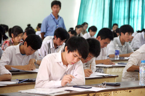 Đại học Thương Mại công bố điểm chuẩn 2014 dự kiến