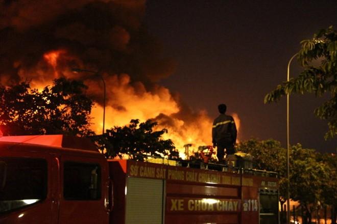 Vụ cháy nổ lớn năm 2014 ở KCN Bình Dương gây thiệt hại to lớn về tài sớn