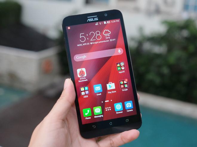 Asus ZenFone là smartphone tầm trung nhưng chất lượng cực ổn
