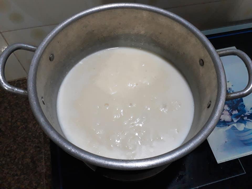 Cách làm món kem chu?i s?a d?a c?c ngon t?i nhà