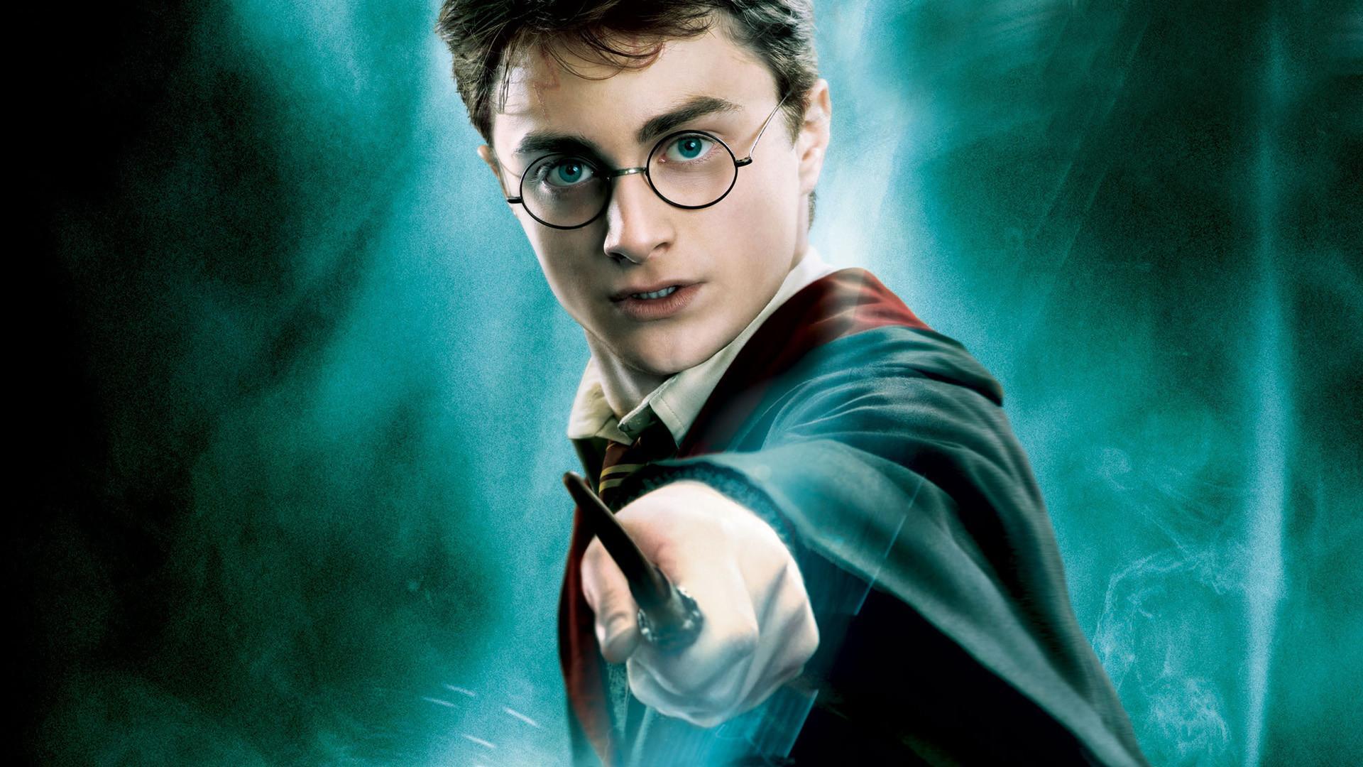 Harry Potter - cậu bé phù thủy sẽ trở lại dưới dạng chuyển thể