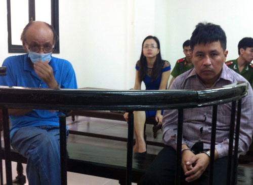 Tin tức pháp luật ngày 24/6, tòa tuyên án trục xuất 2 người nước ngoài đến Việt Nam trộm cắp