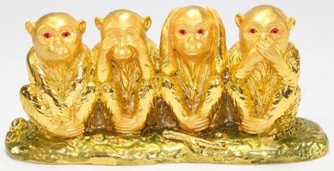 Tượng 4 chú khỉ trong đó có chứa Bộ ba Tam Không: không nghe, không thấy, không nói