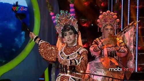 Minh Thuận và Vương Khang giành giải nhất ở đêm thi số 7.