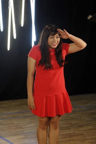 Á quân Việt Nam Idol 2013 Minh Thùy tỏ ra rất hào hứng.