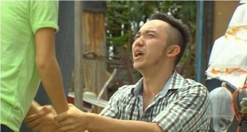 Những hành động lố nhất đều nằm trọn trong phim 'Vừa đi vừa khóc'.