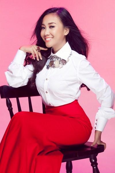 Đoan Trang sẽ tái ngộ cùng Yến Trang trong vai trò là giám khảo Bước nhảy hoàn vũ nhí.