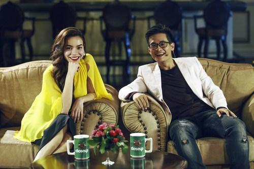 Hồ Ngọc Hà và Hà Anh Tuấn trong buổi ghi hình vòng Lộ diện Nhân tố bí ẩn