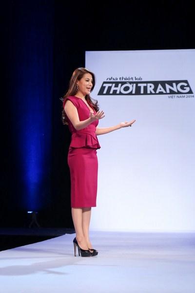 Trương Ngọc Ánh dịu dàng sắc tím trong vai trò Host của Nhà thiết kế thời trang Việt Nam