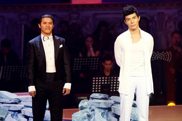 Nathan Lee và Kasim Hoàng Vũ trong chương trình Chinh phục đỉnh cao.