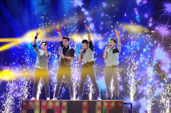 O-Plus trên sân khấu Nhân tố bí ẩn/ The X-Factor