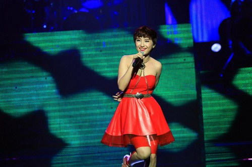 Tiêu Châu Như Quỳnh mở màn đêm liveshow 5 Bài hát Việt tháng 8