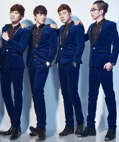 4 chàng trai của nhóm Ayor đã để lại dấu ấn khá mạnh của nhóm khi khẳng định việc mang dòng nhạc bán cổ điển đến với khán giả yêu nhạc