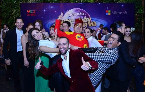 Bước nhảy Hoàn Vũ sẽ trở lại khán giả vào tháng 1/2015 với những cuộc tranh tài gay cấn, cùng sự góp mặt của dàn thí sinh là những nghệ sĩ nổi bật và tài năng trong làng giải trí Việt Nam