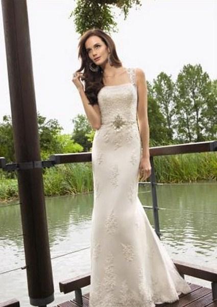 Áo cưới kiểu suông thích hợp cho các cô dâu muốn tôn dáng nhưng lại thích sự giản dị. Ảnh minh họa