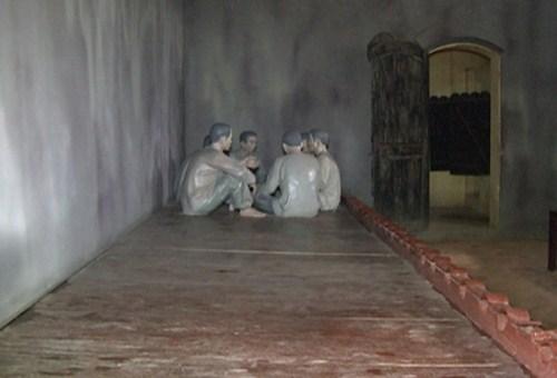 Tù binh bị giam giữ trong nhà tù Sơn La. Ảnh minh họa