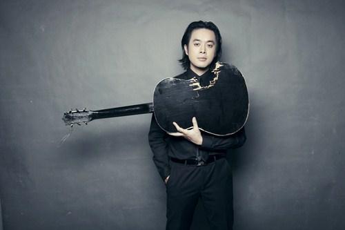 Dương Khắc Linh khá run khi lần đầu tiên làm giám khảo