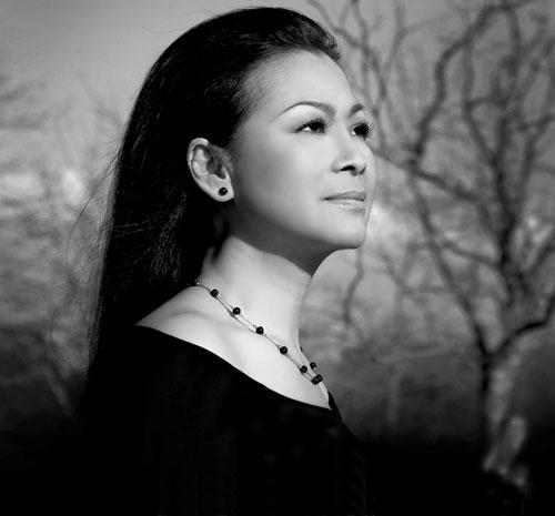 Khánh Ly là một trong số ít những ca sỹ còn lại vẫn hăng hái tham gia nghệ thuật