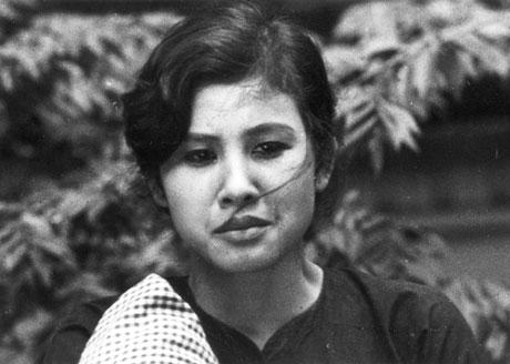 Người đẹp Nam Bộ có duyên với màn ảnh dù không được đào tạo diễn xuất bài bản (Thúy An trong phim Cánh đồng hoang)