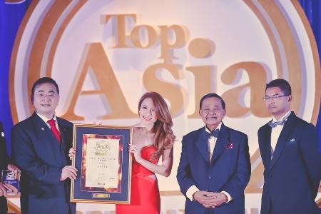 Đọc báo mới nhất hôm nay ngày 23/11: Mỹ Tâm nhận giải từ Ban tổ chức Top Asia