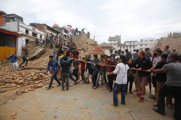 Theo các quan chức Nepal, tất cả các khu vực của nước này, trừ phần cực Tây, đều có người thiệt mạng.