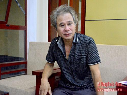 Ông Trần Văn Nguyên (bố vợ Đại tá phi công Trần Quang Khải) không cầm được nước mắt khi nhắc đến người con rể