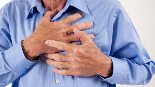 Đột quỵ xảy ra khi lượng máu lên não giảm