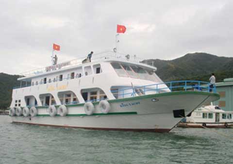 Du thuyền 10 tỷ của đại gia Nha Trang