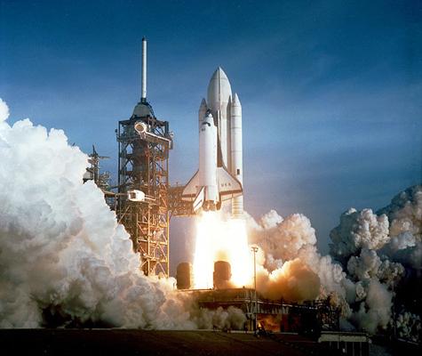 Chương trình tàu con thoi của NASA xứng đáng là dự án vũ trụ đắt nhất trong lịch sử với chi phí 196 tỉ đô