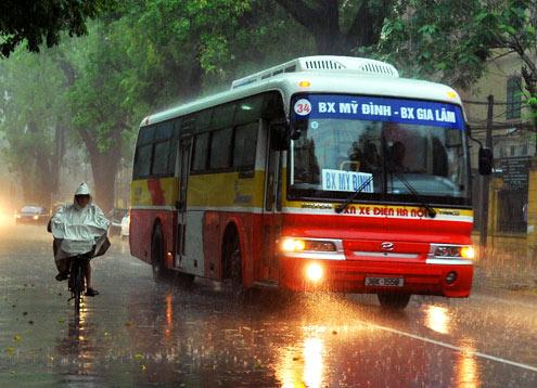 Dự báo thời tiết ngày mai 7/11, khả năng mưa vừa đến mưa to vẫn kéo dài trên khắp khu vực Bắc bộ