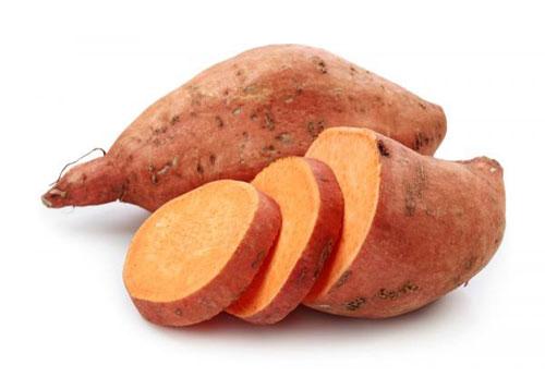 Khoai lang là một loại thực phẩm giàu vitamin C có nhiều công dụng trong việc dưỡng da