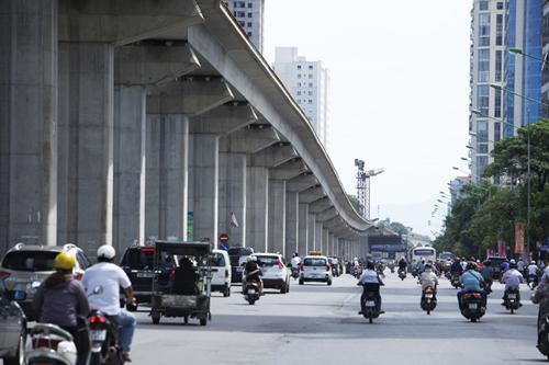 Đường sắt đô thị Hà Nội uốn lượn, Bộ Giao thông vận tải nói vẫn đúng chuẩn và an toàn