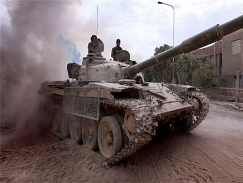 Xe tăng quân đội Syria tham chiến ở chiến trường Idlib
