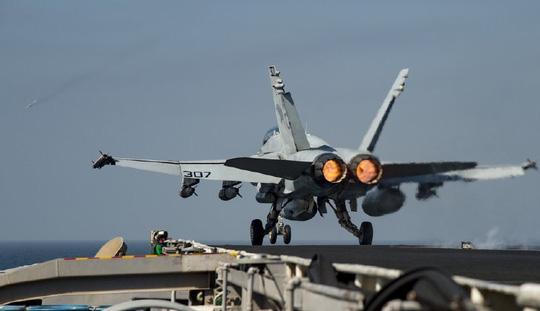 Chiến sự Syria hôm nay đề cập đến vấn Máy bay Nga – Mỹ suýt đâm nhau ở Syria. Ảnh: Navy