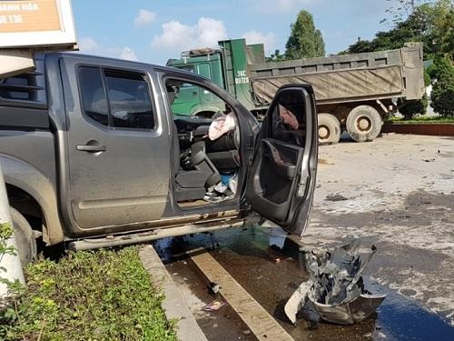 Thanh Hóa: tai nạn giao thông nghiêm trọng, 8 người thương vong