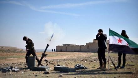 Chiến sự Syria: Thổ Nhĩ Kỳ bắt đầu chiến dịch ''Lá chắn Euphrates'' ở Syria từ tháng 8/2016.