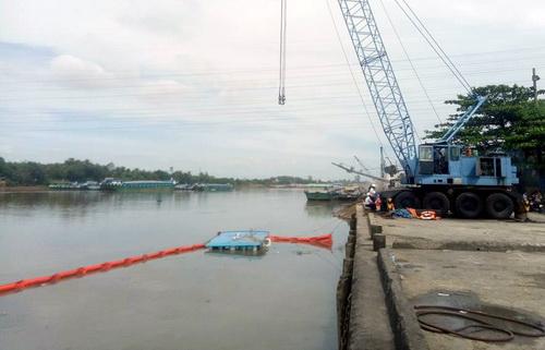 Vị trí sà lan 500 tấn trên sông Đồng Nai. Ảnh: Vnexpress