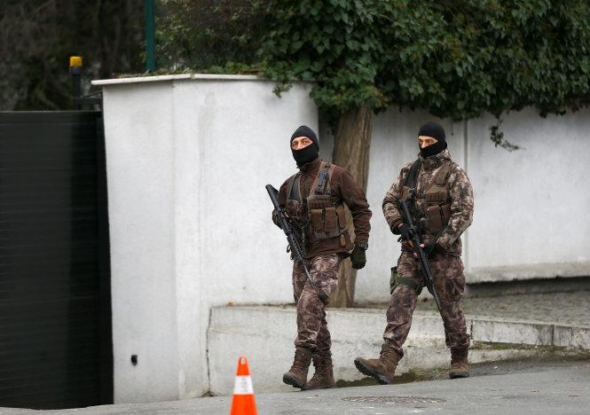 Tin tức khủng bố IS hôm nay đề cập đến lực lượng đặc nhiệm Thổ Nhĩ Kỳ tuần tra ở Istanbul - Ảnh: Reuters